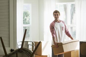 zuhause ausziehen vorteile und nachteile. Black Bedroom Furniture Sets. Home Design Ideas
